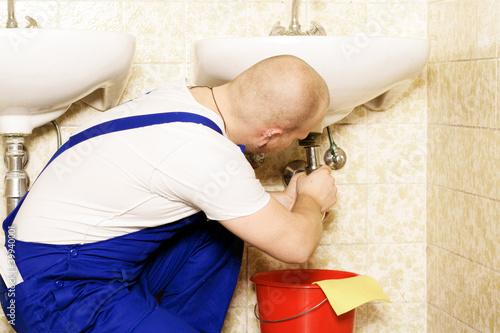abfluss verstopft stockfotos und lizenzfreie bilder auf bild 39940001. Black Bedroom Furniture Sets. Home Design Ideas