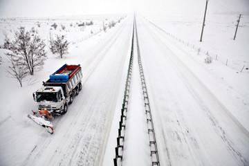 Highway snow plow