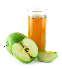 Apple juice with green apples