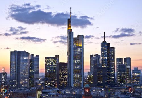 Fototapete Frankfurt in der Dämmerung