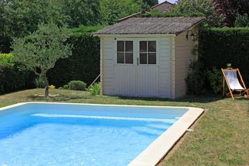 cabane de piscine