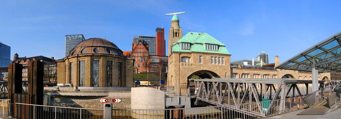 Hamburgs Elbtunnel / Landungsbrücken