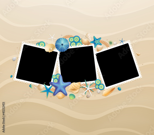 Wall mural Pictures, shells and starfishes on sand background