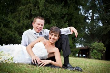 sposi in giardino