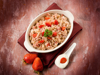 risotto with strawberries and cream sauce