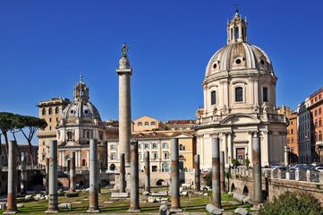 Roma, Colonna Traiana e chiesa SS Nome di Maria