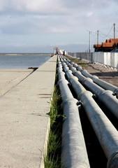 tuyaux emboités sur le port
