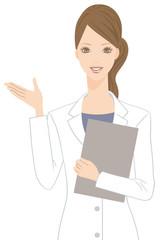 白衣を着た女性