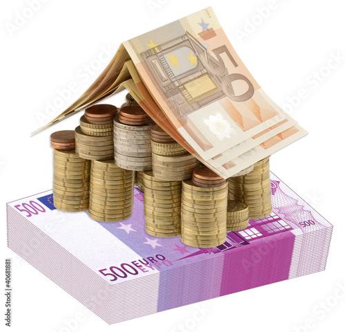 Concept co t immobilier maison liasse billets photo for Cout immobilier