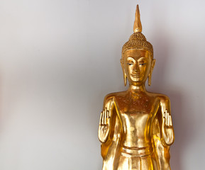 gold image of buddha ancient art