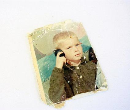 photo ancienne de petit écolier blond