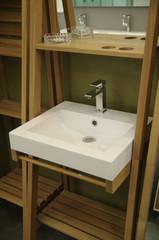 détail de salle de bain - lavabo