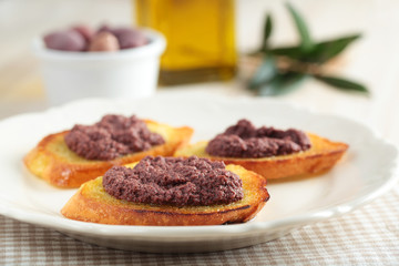 Crostinis with olive pate
