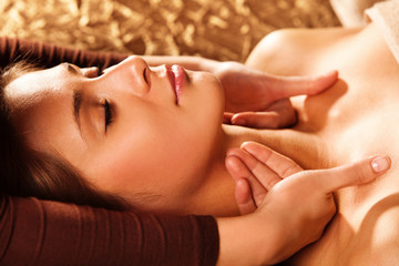 neck and face massage