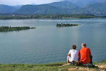 Coppia sul lago di Garda