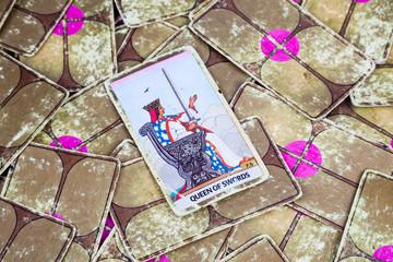 Queen of Swords, Tarot card, Major Arcana (2)