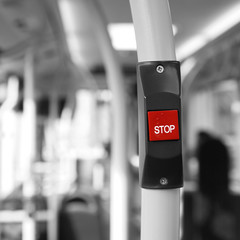Spoed Fotobehang Rood, zwart, wit Bus Stop Button