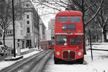Spoed Fotobehang Rood, zwart, wit London Route Master Bus