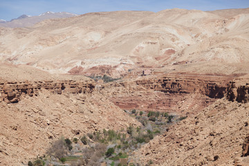natural canyon on the way to Ouarzazate