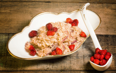 wild strawberry and red onion risotto