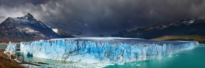 Wall Mural - Perito Moreno Glacier, Patagonia, Argentina