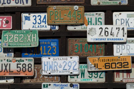 Autokennzeichen aus aller Welt