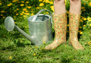Waterpot and rubber boots