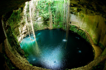 Photo sur Plexiglas Mexique Ik-Kil Cenote, Chichen Itza, Mexico