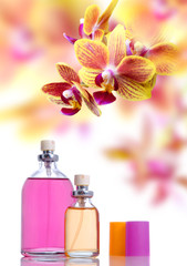 Fototapete - Perfume and yellow orchid