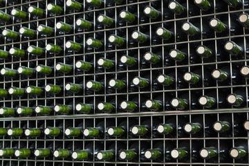 Wall Mural - Botellas de vino tinto