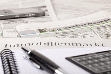 newspaper vs. immobilienmarkt_1