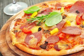 Weinglas, Pizza
