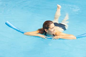 Bilder Und Videos Suchen Schwimmnudel