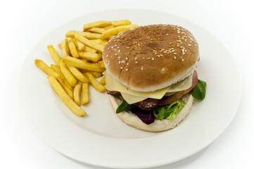 hamburgesa completa con patatas fritas