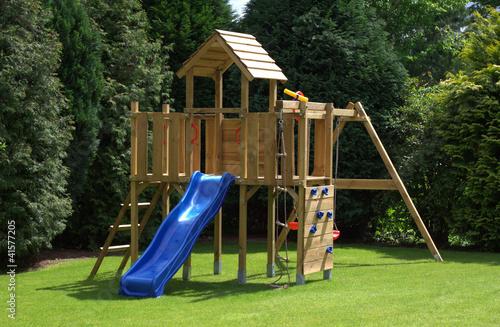 Klettergerüst Für Zu Hause : Spielturm klettergerüst kletterturm für den garten mein