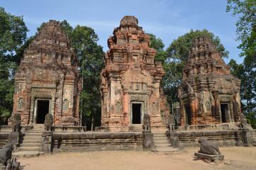 Templo de Preah Ko. Grupo de Roluos. Angkor. Camboya