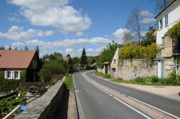 the village of Haute Isle in Val d Oise
