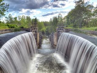 Barrage esclusas del canal de castilla,palencia,españa