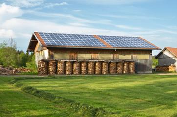 Solaranlage auf Scheunendach