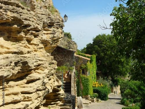 Maison troglodyte type pierre blanche habitation for Acheter maison troglodyte