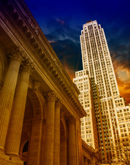 Fototapete - New York City Manhattan sunset skyline with office building skys