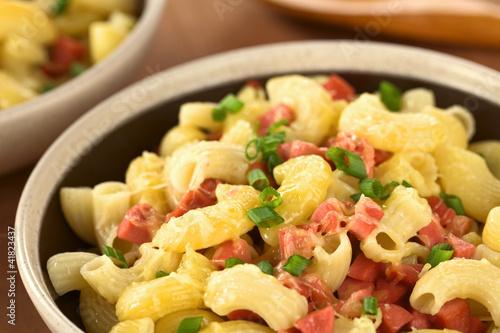 Макароны с колбасным сыром рецепт с фото