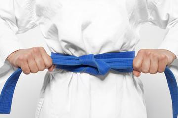 Photo sur Aluminium Combat blauer Gürtel