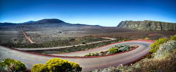 Route menant à la Plaine des Sables - La Réunion Wall mural