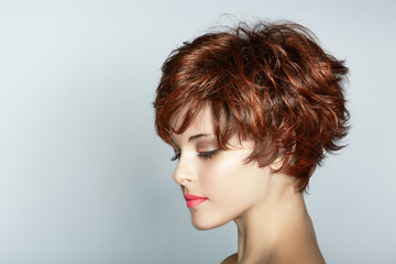 Photo sur Plexiglas Salon de coiffure woman with short haircut