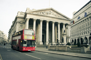 red london bus city architecture