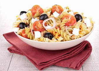 Fotobehang - fresh pasta salad