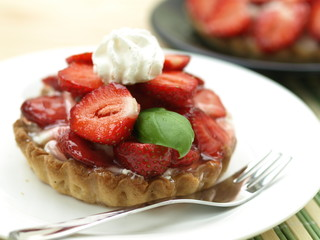 Bun with strawberries