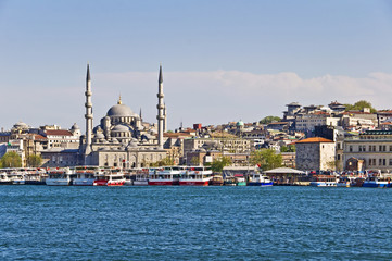 La mosquée Neuve vue de la Corne d'Or - Istambul
