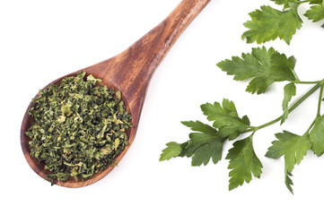 Dry and fresh parsley